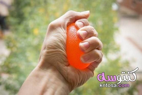 كرة الضغط المقاومة للتوتر.. وفوائد متعددة بأقل مجهود 2020 kntosa.com_03_20_158