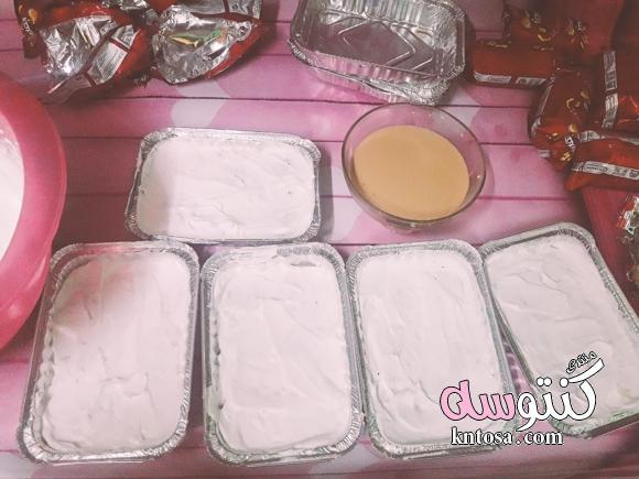 طريقة عمل حلى النسكافيه بالبسكويت الباردة.حلى طبقات بسكويت بالنسكافيه والكريمة من مطبخى بالخطوات kntosa.com_05_18_153