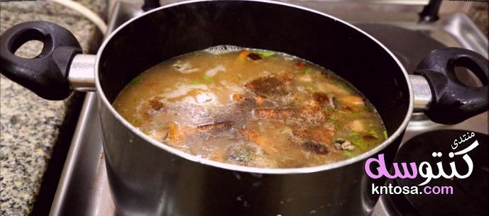 شوربة الفطر و الدجاج المشروم المصرية سريعة التحضير لذيذة المذاق والرائعه بالصور kntosa.com_07_18_154