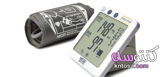 هل أجهزة قياس ضغط الدم على المعصم دقيقة