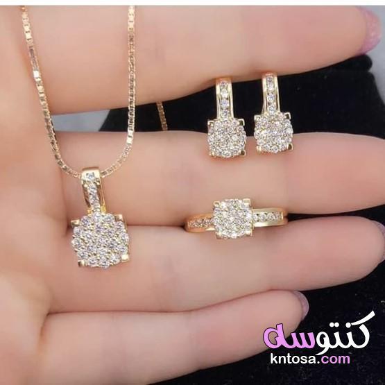أجمل وأحلي إكسسواراتك من الذهب 2020،اكسسوارات ذهب راقية،أطقم إكسسورات ذهب للعروس2020 kntosa.com_12_20_157