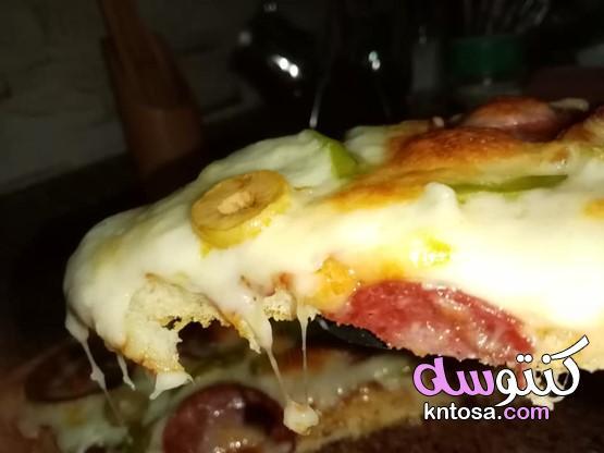 طريقة عمل البيتزا بالموزاريلا و السلامي،طريقة عمل بيتزا السلامي الشهية - البيتزا - - مطبخ كنتوسه