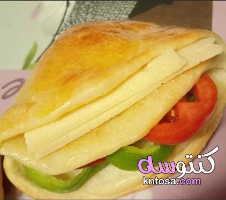 طريقة عمل سندوتشات الجبنة الرومى السخنة،سندوتشات بالجبن بالصور،طريقة عمل سندوتش جبنه رومى سايحه