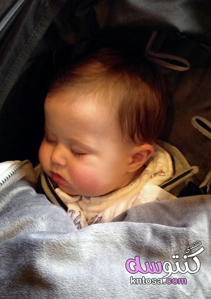 نصائح لضمان تدفئة طفلك الرضيع في الشتاءHow to keep your baby,كم قطعه يلبسها الطفل في الشتاء kntosa.com_26_19_155