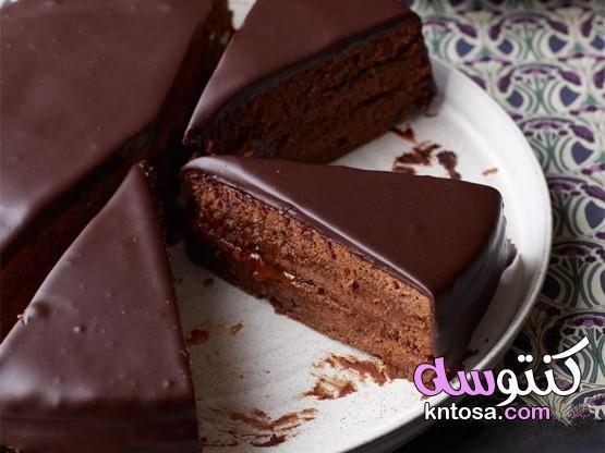 طريقة عمل كيكة الشوكولاتة اللذيذة بالمنزل بطعم روعة وطريقة مختلفة kntosa.com_26_21_161